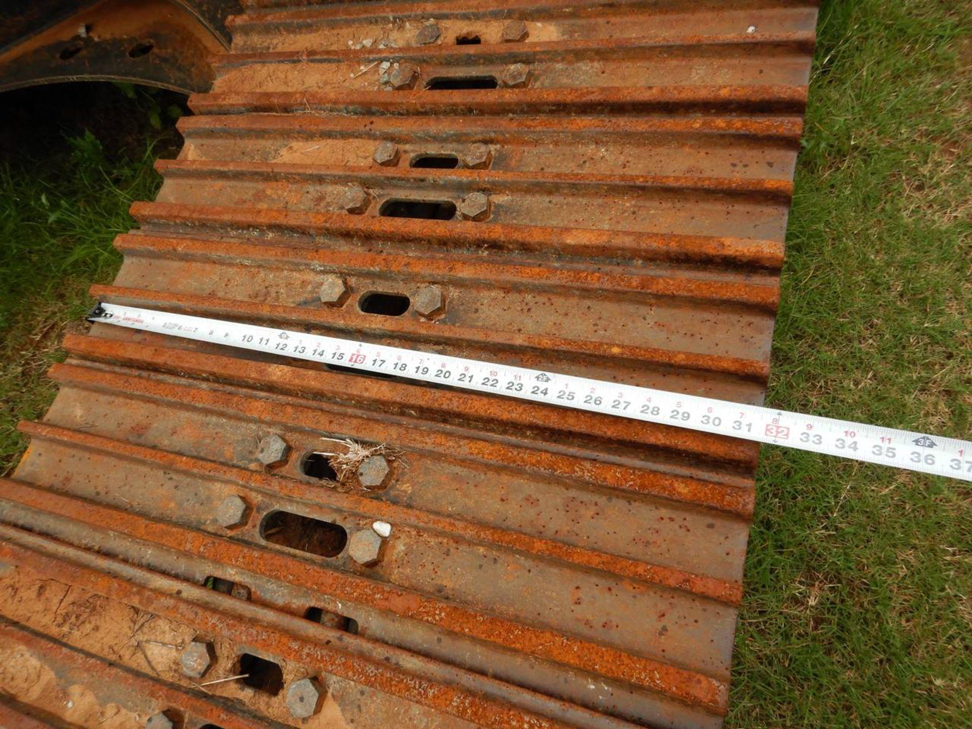 Lot 10 - 2016 SANY SY235C Excavator
