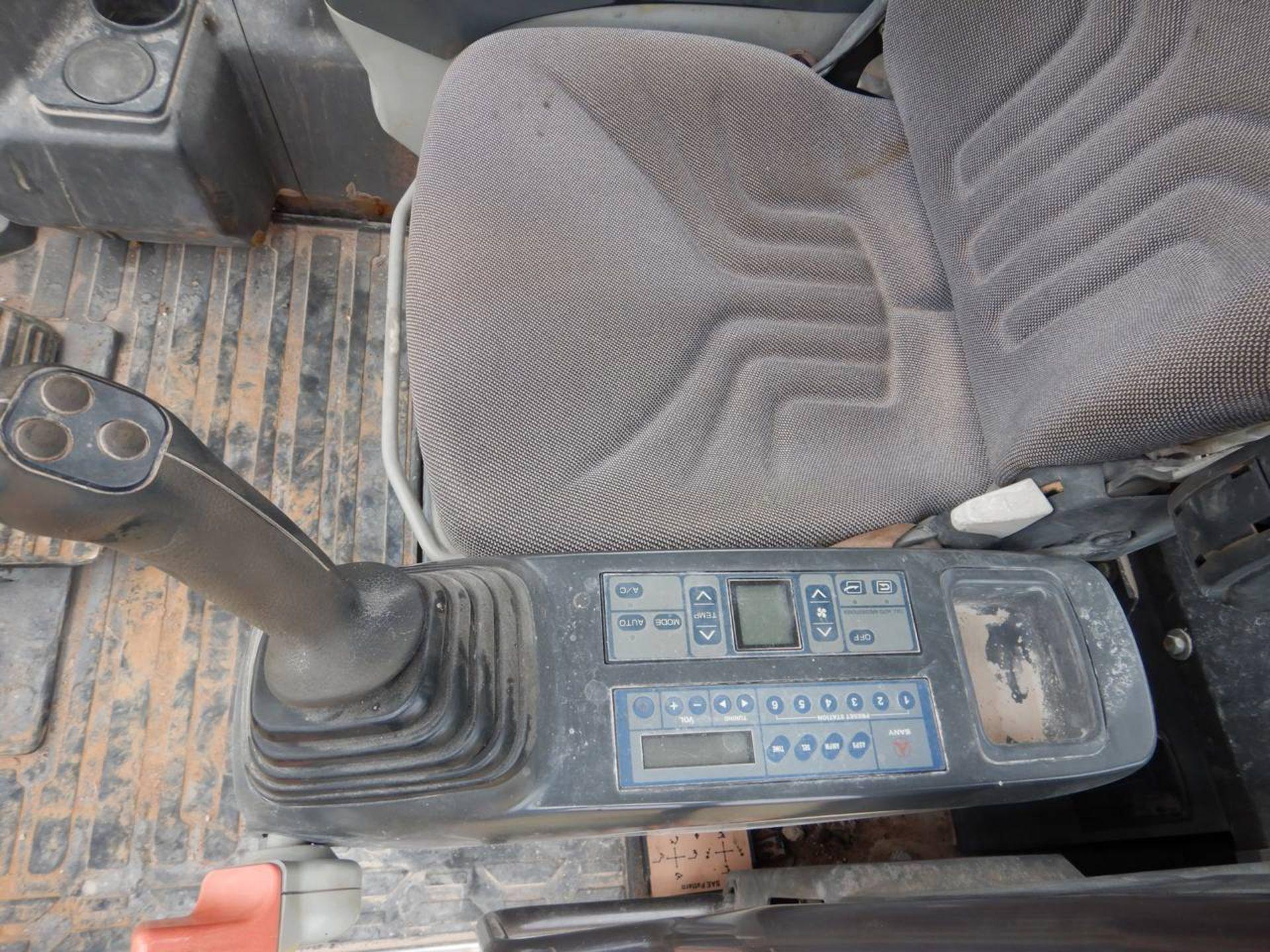Lot 19 - 2015 SANY SY235C Excavator