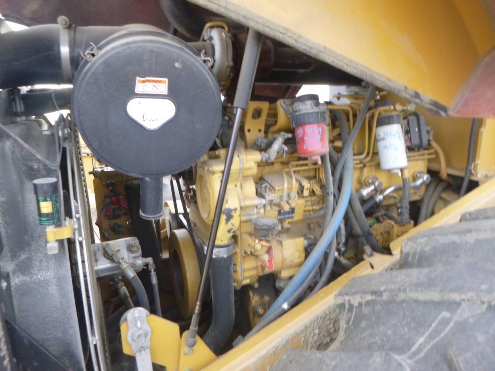 2006 Caterpillar CP-563E Compactor - Image 5 of 9