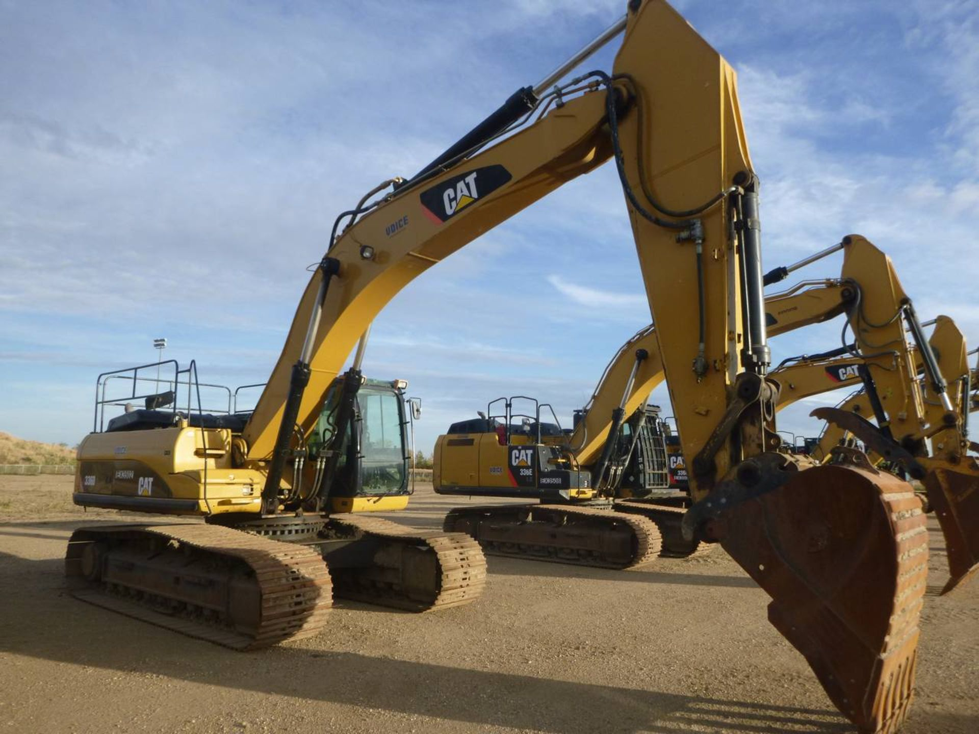2010 Caterpillar 336D L Excavator - Image 2 of 13