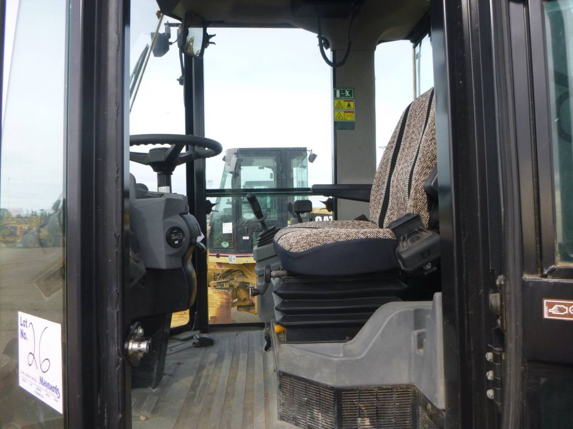 2009 Caterpillar CP56 Compactor - Image 7 of 9