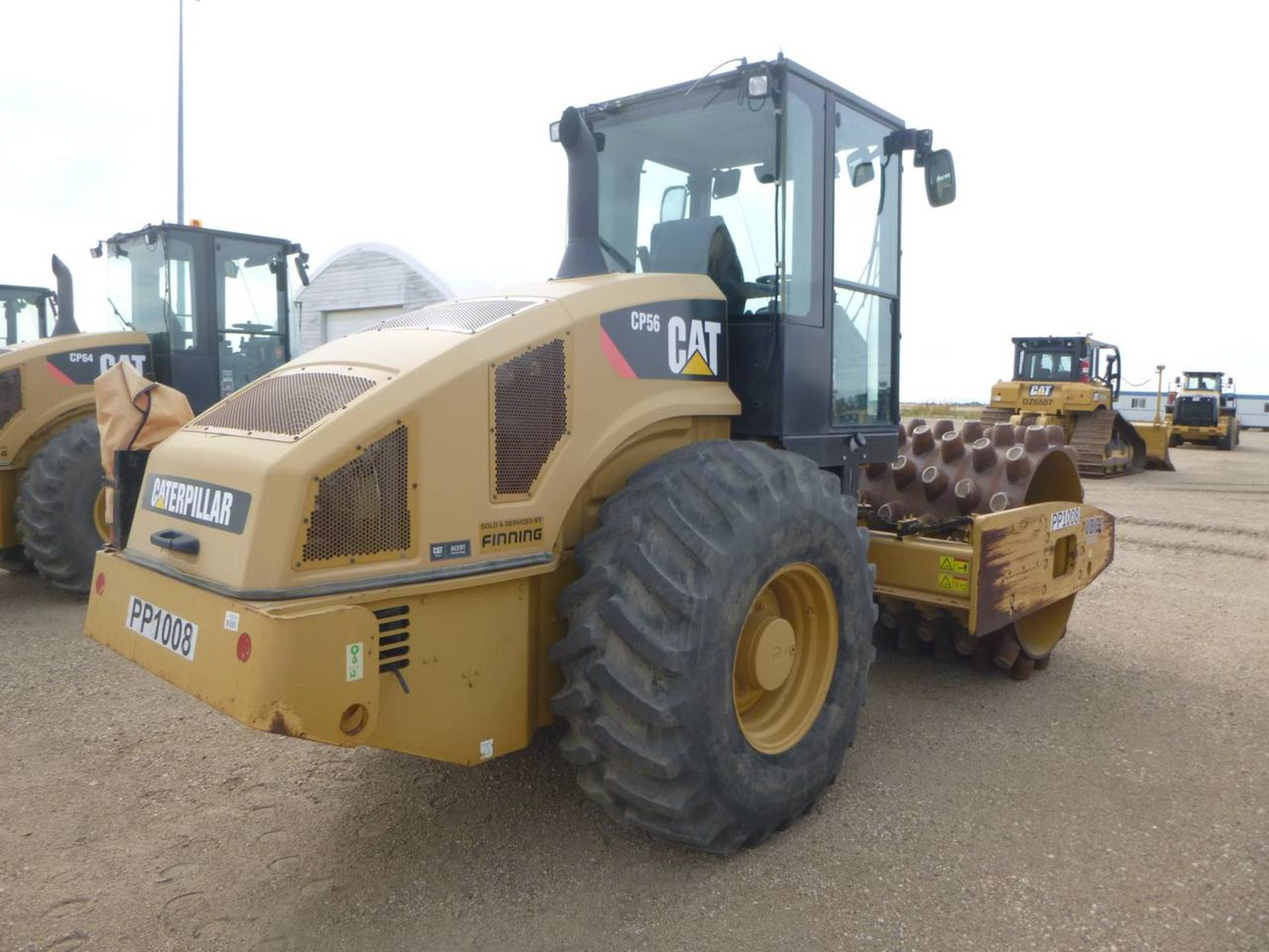 2009 Caterpillar CP56 Compactor - Image 3 of 9