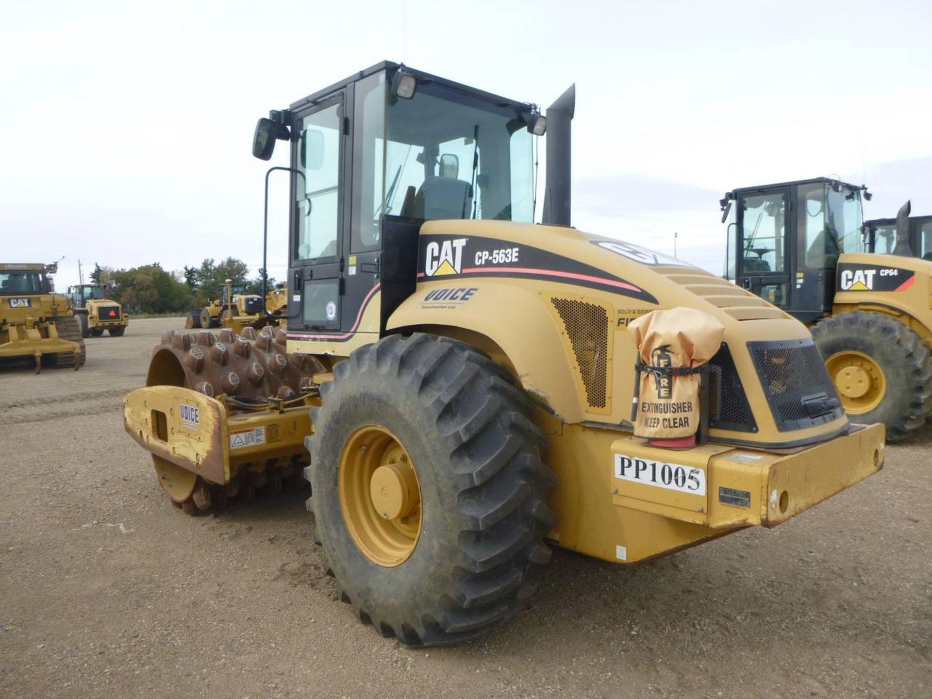 2006 Caterpillar CP-563E Compactor - Image 4 of 9