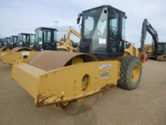 2011 Caterpillar CS64 Compactor