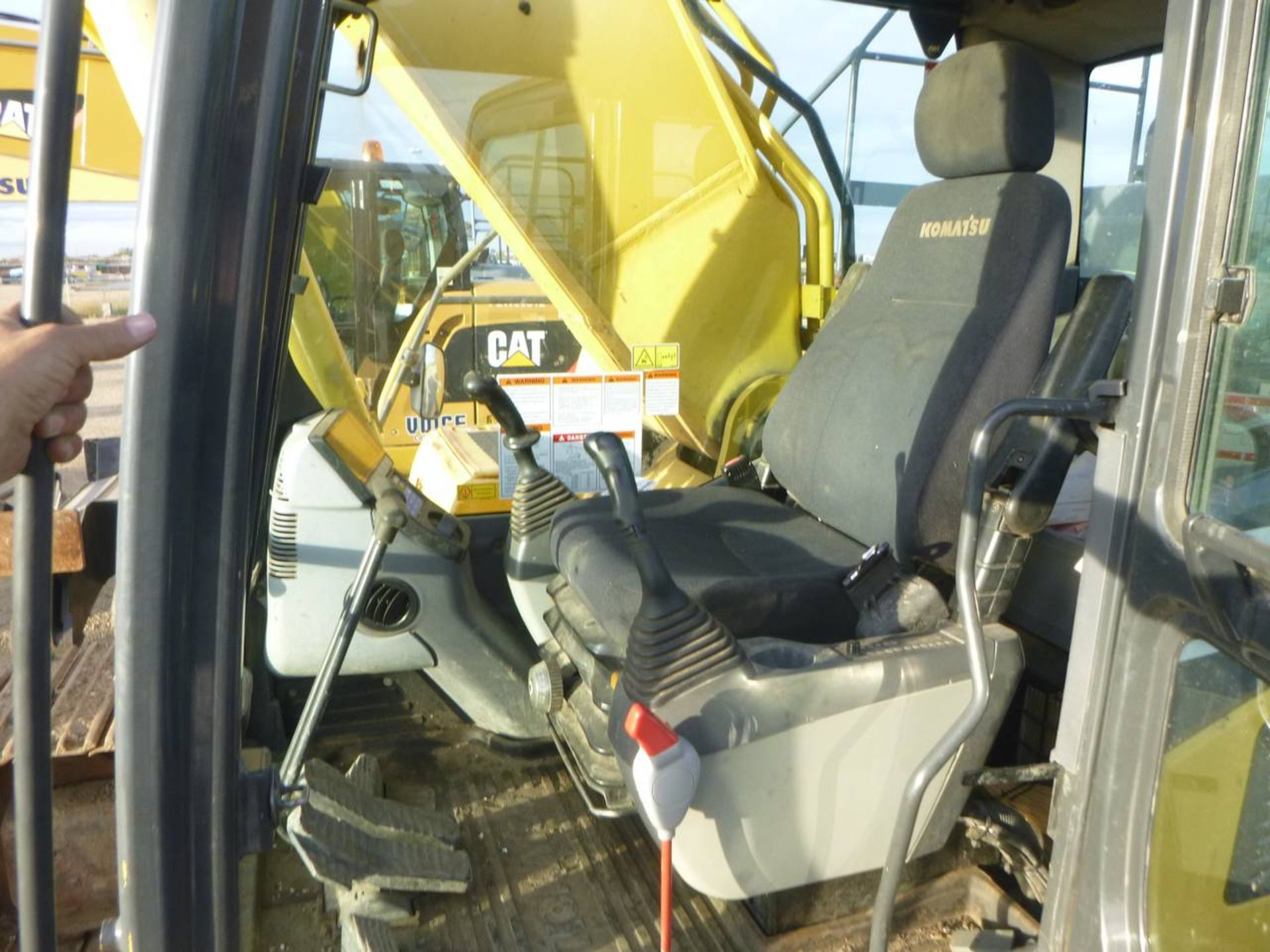 2008 Komatsu PC400LC-8 Excavator - Image 10 of 13