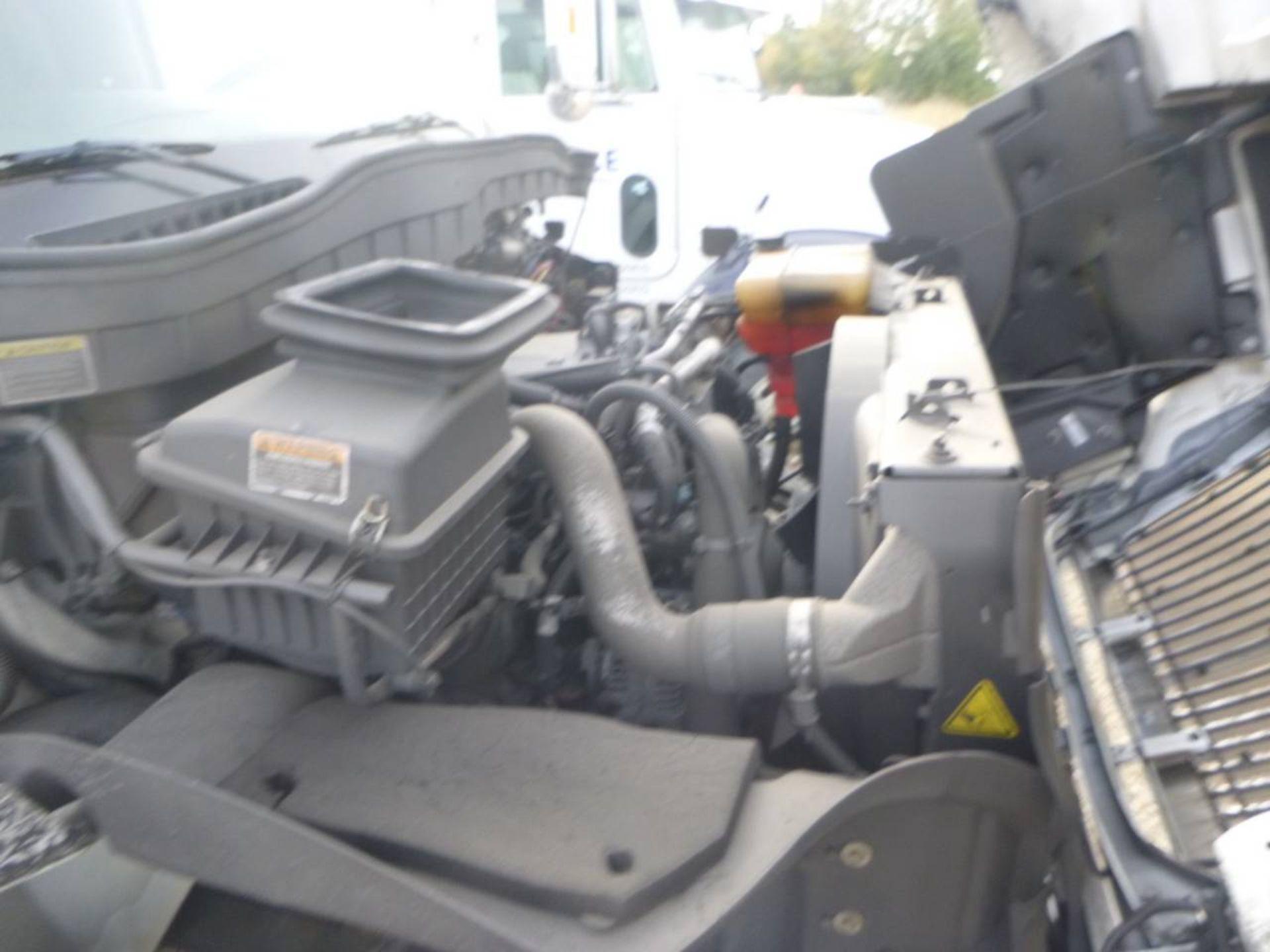2018 International 4400 SBA 6X4 Dump Truck - Image 11 of 15