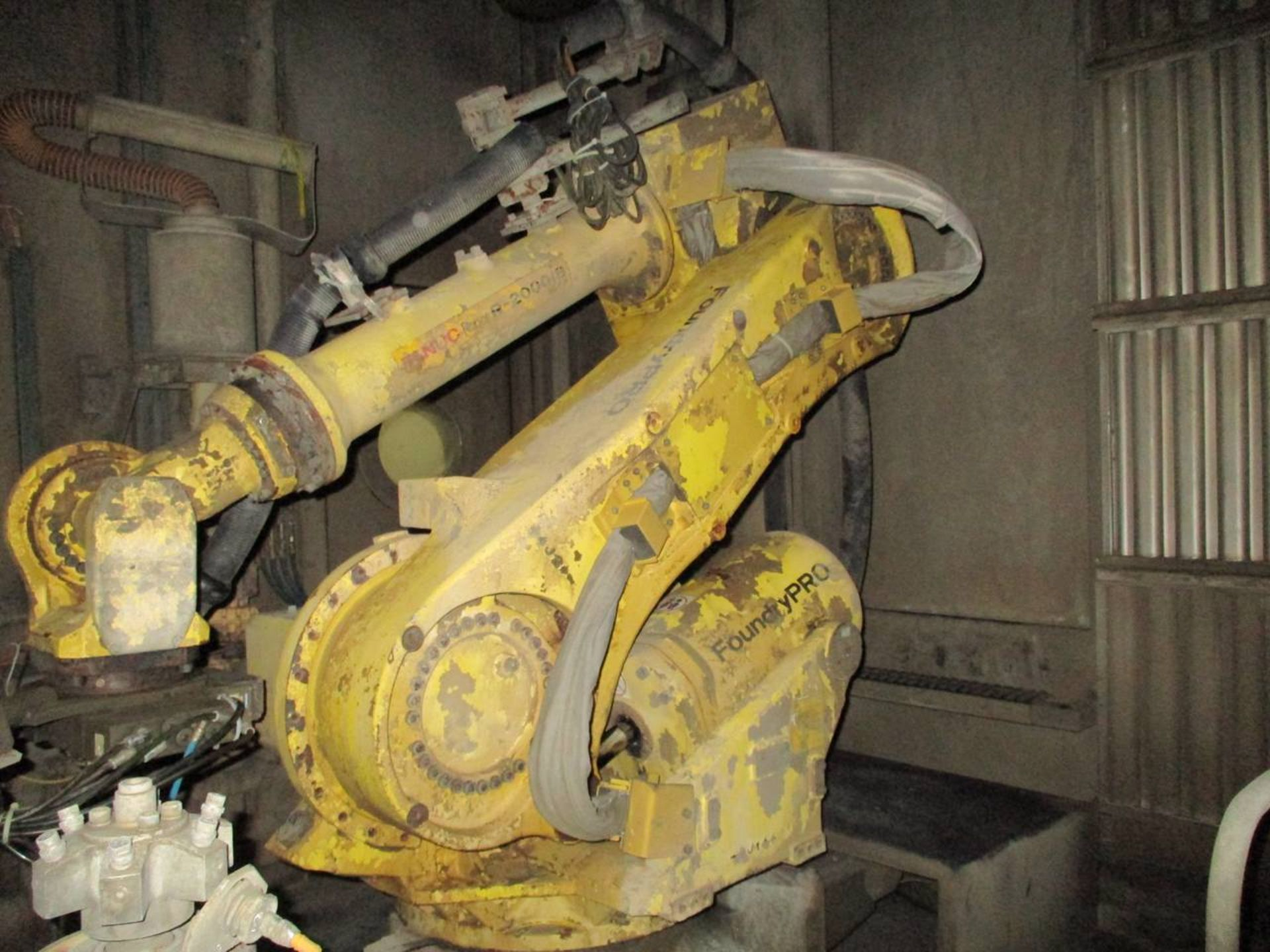 2012 Fanuc R-2000iB 165F Foundry Pro Servo Robot - Image 7 of 7