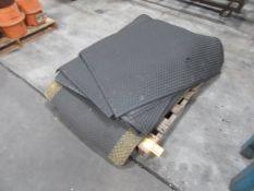 (11) Rubber Floor Mats
