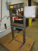 Central Machinery 20T Shop Press [Loc: Church Hill]