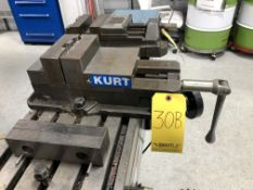 "Kurt 6"" Machine Vise, Model D675"