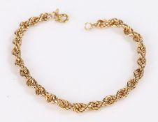 9 carat gold bracelet, formed from woven links, 2.8g