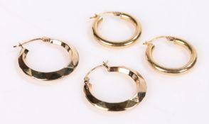 Two pairs of 9 carat gold hoop earrings, 3.4g