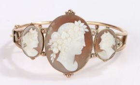 Cameo bracelet, the central oval cameo flanked by two smaller cameos decorated with profile busts,
