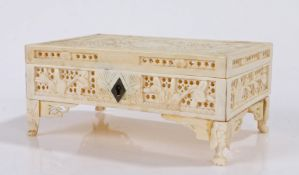 Cantonese ivory casket, with pierced foliate decoration, 11.5cm wide