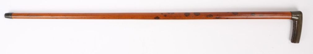 19th Century horn handled walking stick, possibly Rhinoceros horn, the shaped horn handle with