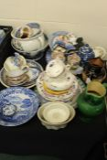 Porcelain to include Copeland charger, Copeland Spode's Italian bowl, Royal Doulton jug with