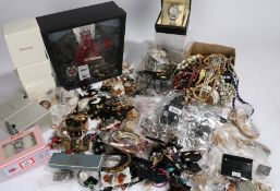 Costume jewellery, to include earrings, bracelets, necklaces, bangles etc. (qty)