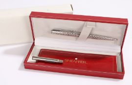 Parker white metal propelling pencil, housed in a Sheaffer box