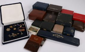 Collection of jewellery and watch boxes, various sizes and styles (qty)