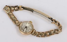 Avia 9 carat gold ladies wristwatch, the signed silver dial with Arabic numerals, manual wound, on a
