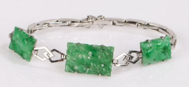 9 carat white gold and Chinese jade set bracelet, with three carved spinach jade panels, 16.5cm long