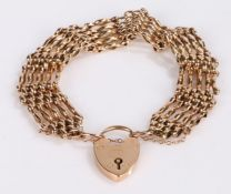 9 carat gold gate bracelet, with a padlock clasp and chain links, 19.3g