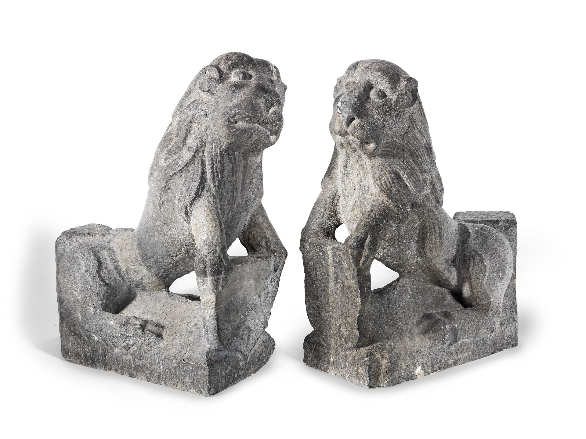 Los 98 - A pair of carved stone Stylobate Lions 13th/ 14th century (2)