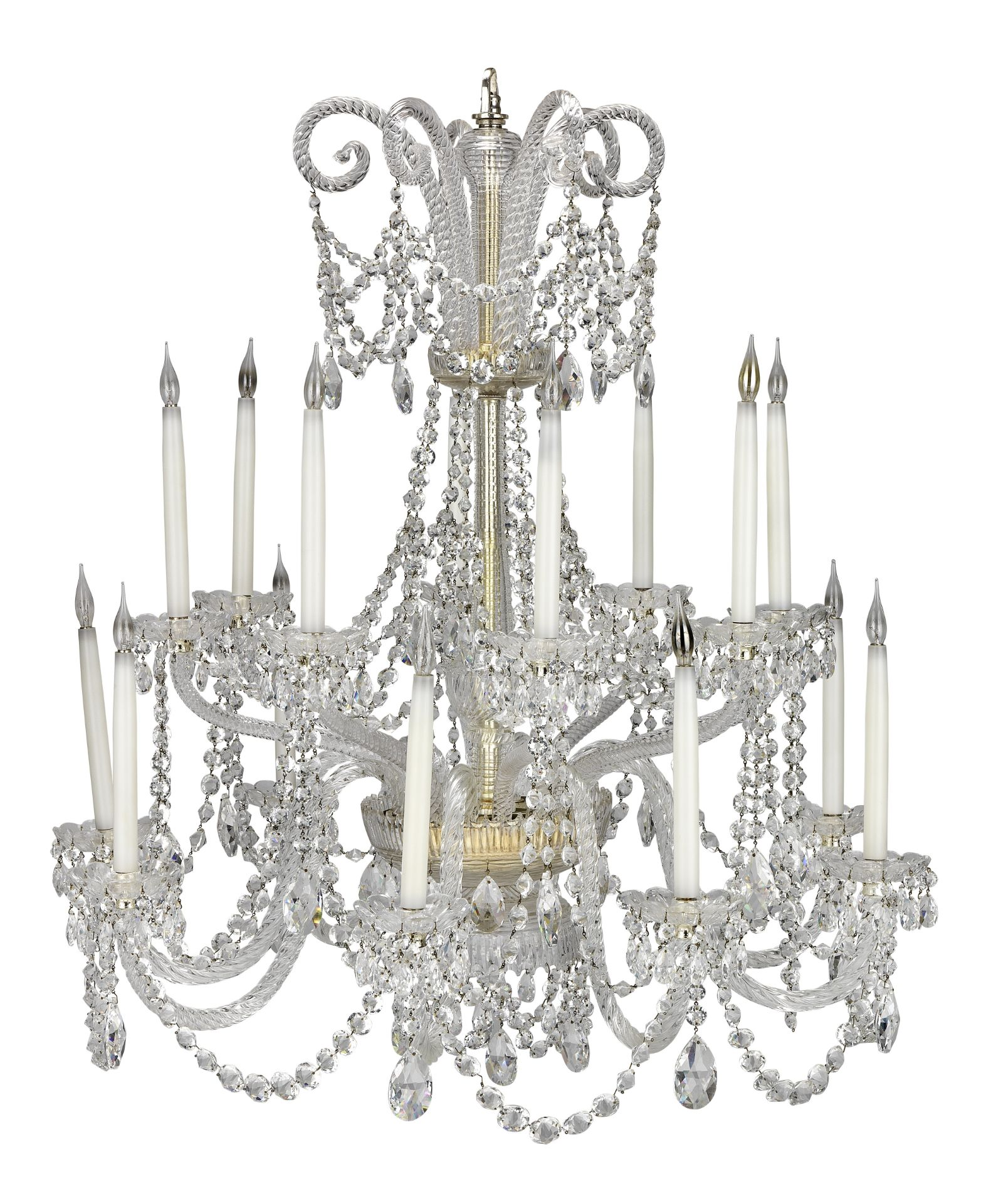 Los 122 - A cut glass sixteen light chandelier