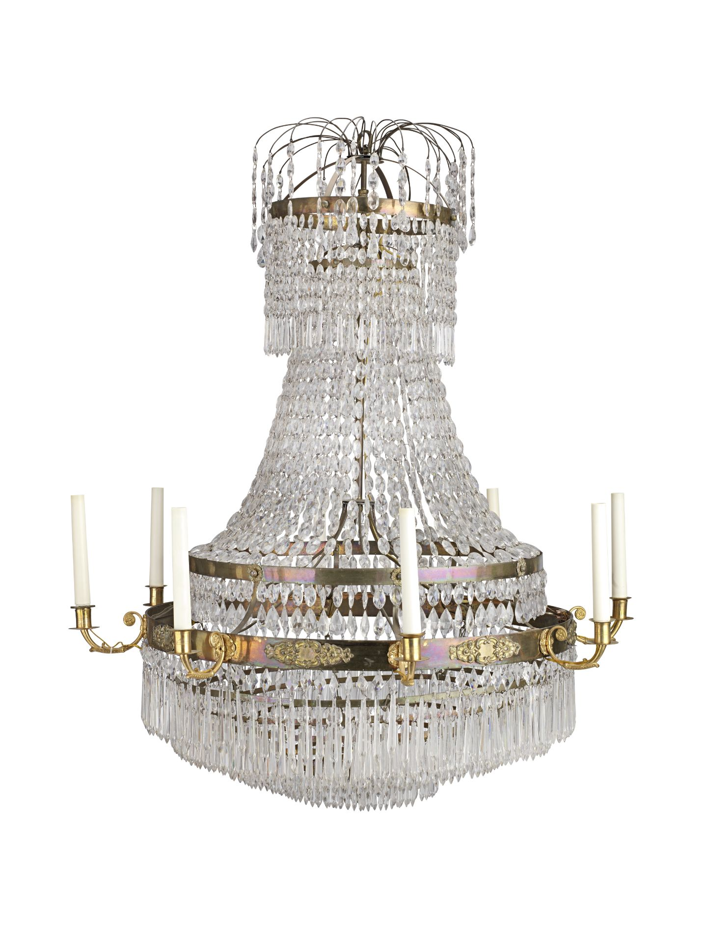 Los 88 - A French late 19th century gilt bronze and cut-glass eight-light chandelier