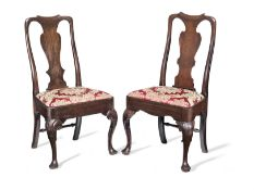 A matched set of six Queen Anne walnut dining chairs (6)
