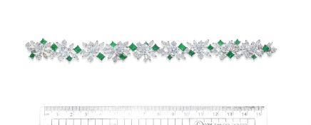 AN EMERALD AND DIAMOND BRACELET, BY GÜBELIN,