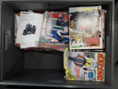 A quantity of assorted magazines ((Qty))