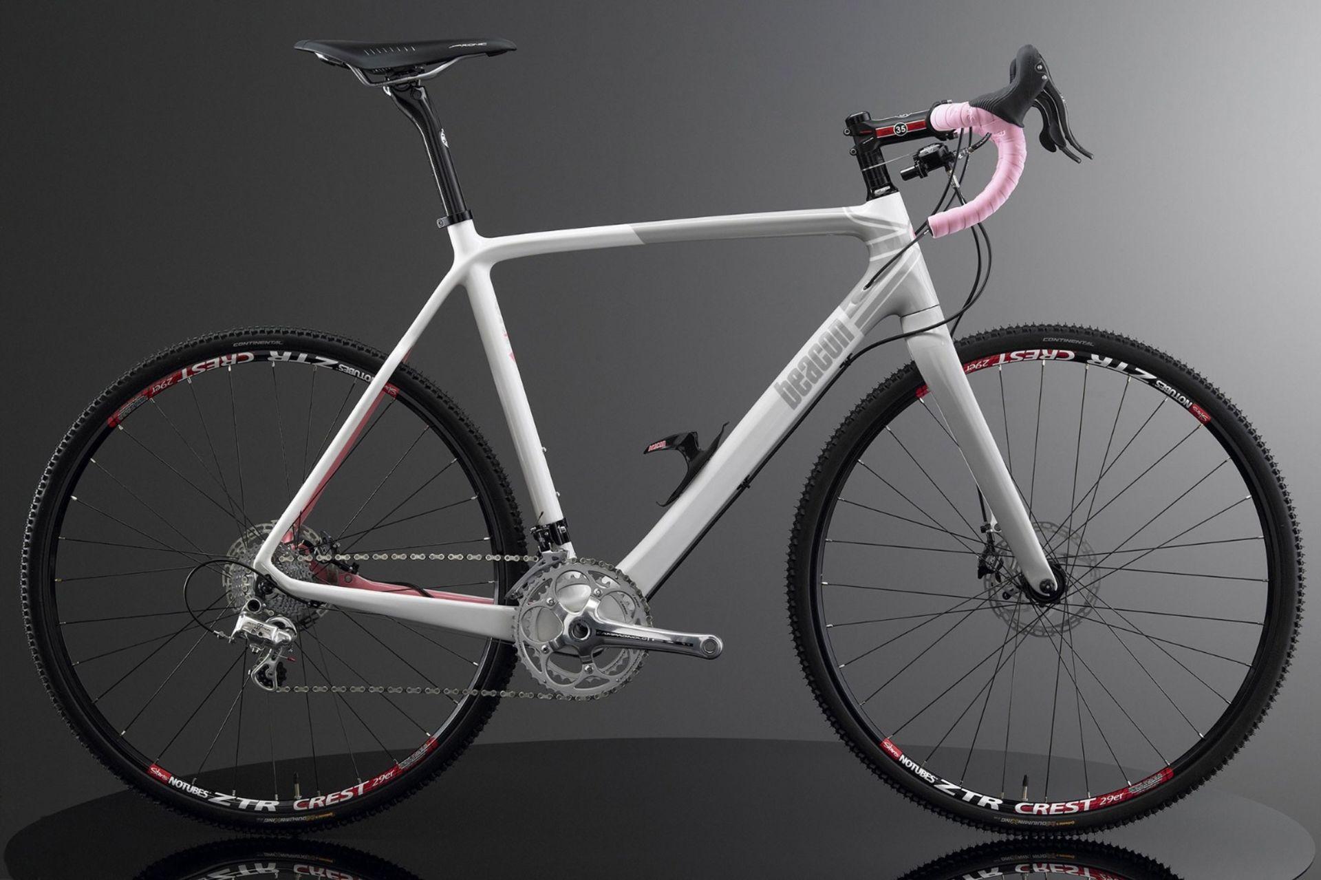 Lot 58 - 1 x Beacon Model BF-45, Size 540, Carbon Fibre Bike Frame in White & Grey.