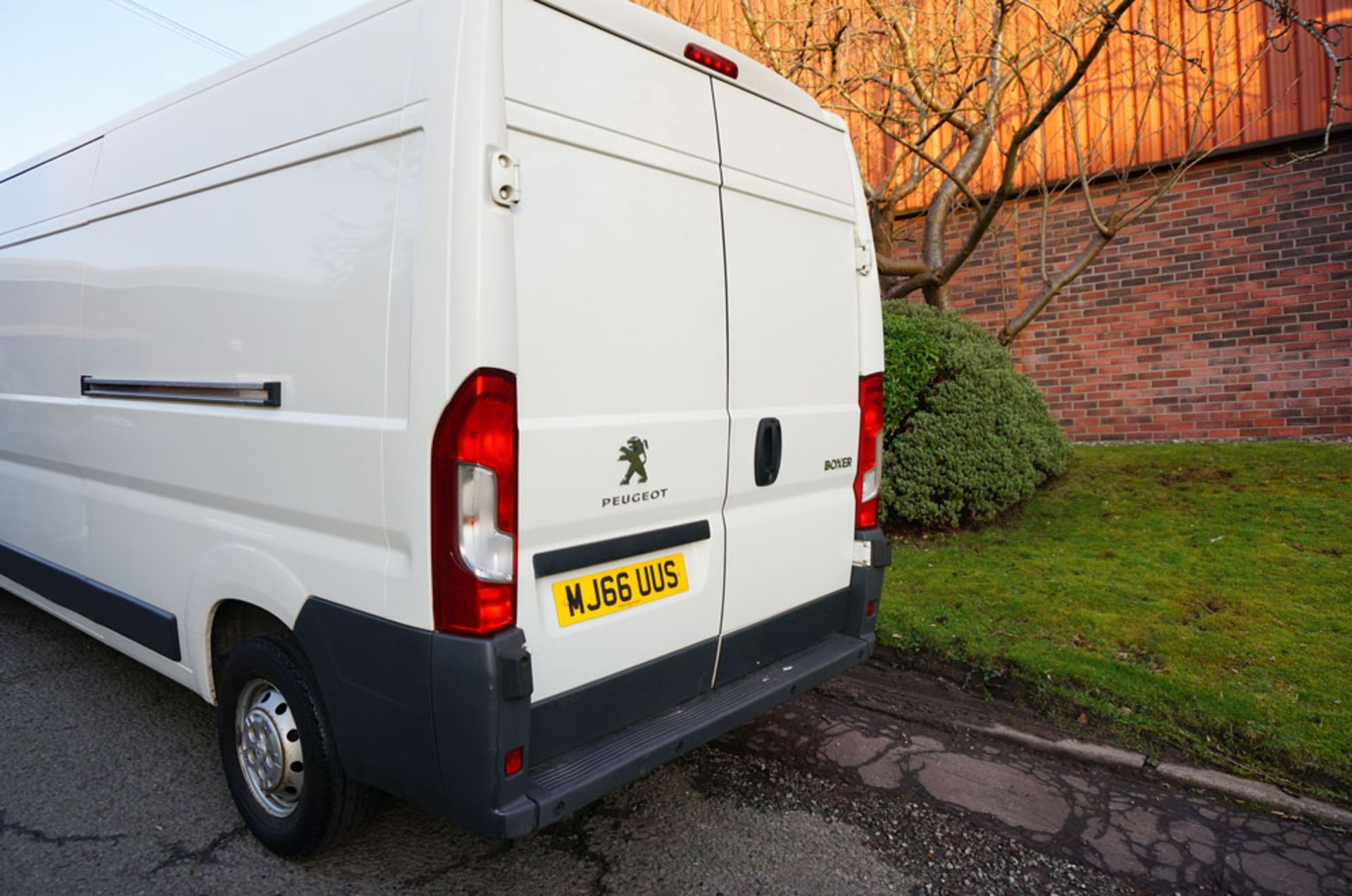 Lot 2 - PEUGEOT Boxer 335Pro Panel Van, 130PS HDI, 2016 (66 reg)