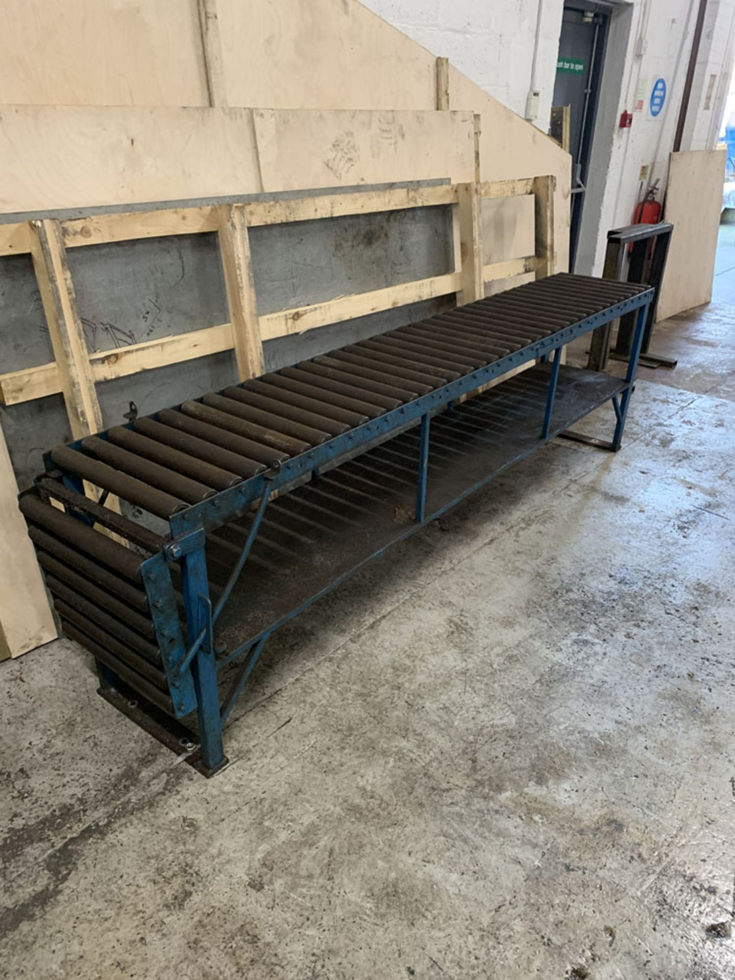 """Lot 33 - Roller Conveyor. 18'' wide x 9' (108"""") length x 31'' Height. 18'' Extension at One End."""