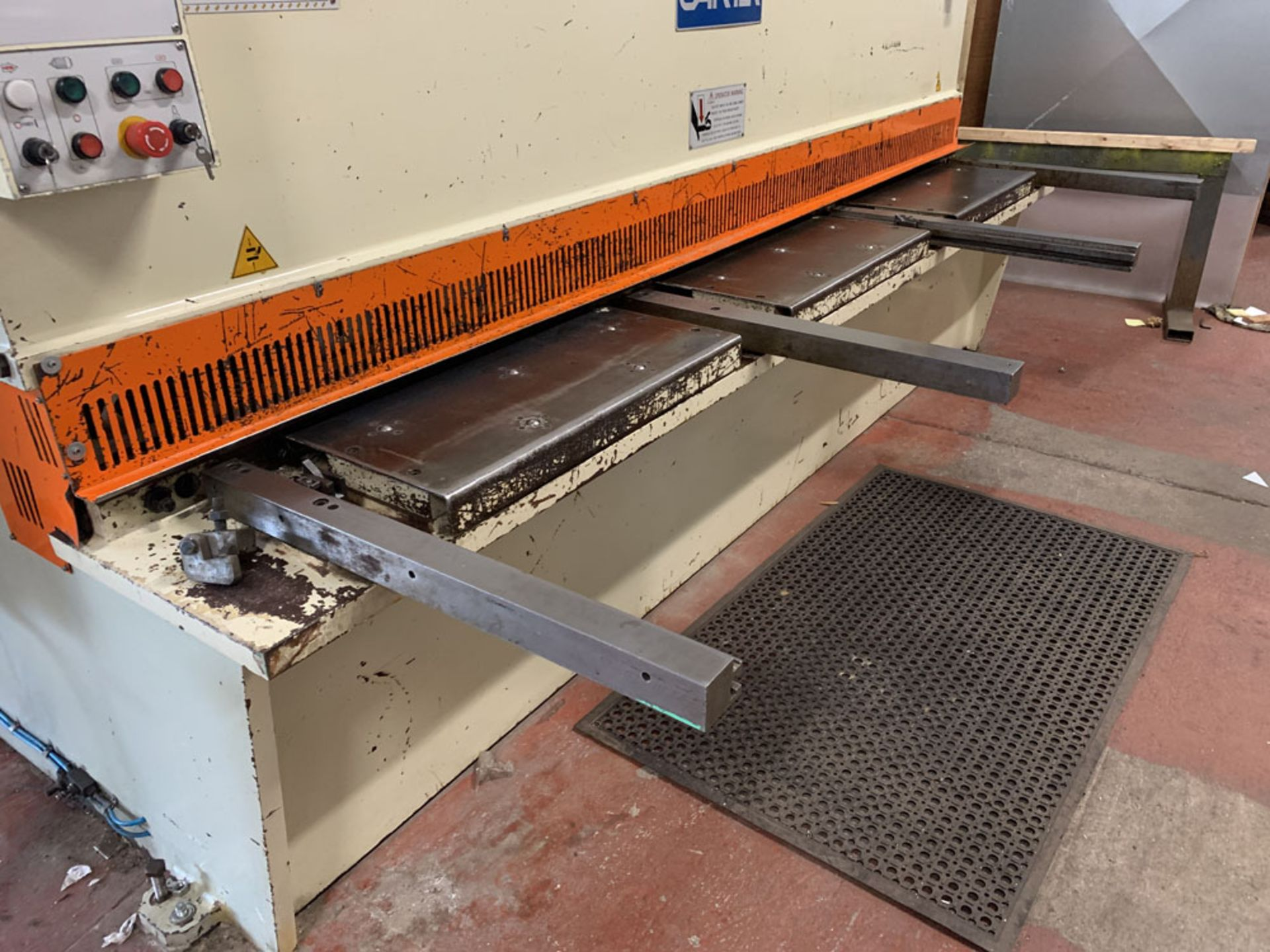 Lot 7 - CARTER Model QC12 K-6 x 3200 Hydraulic Sheet Metal Guillotine.