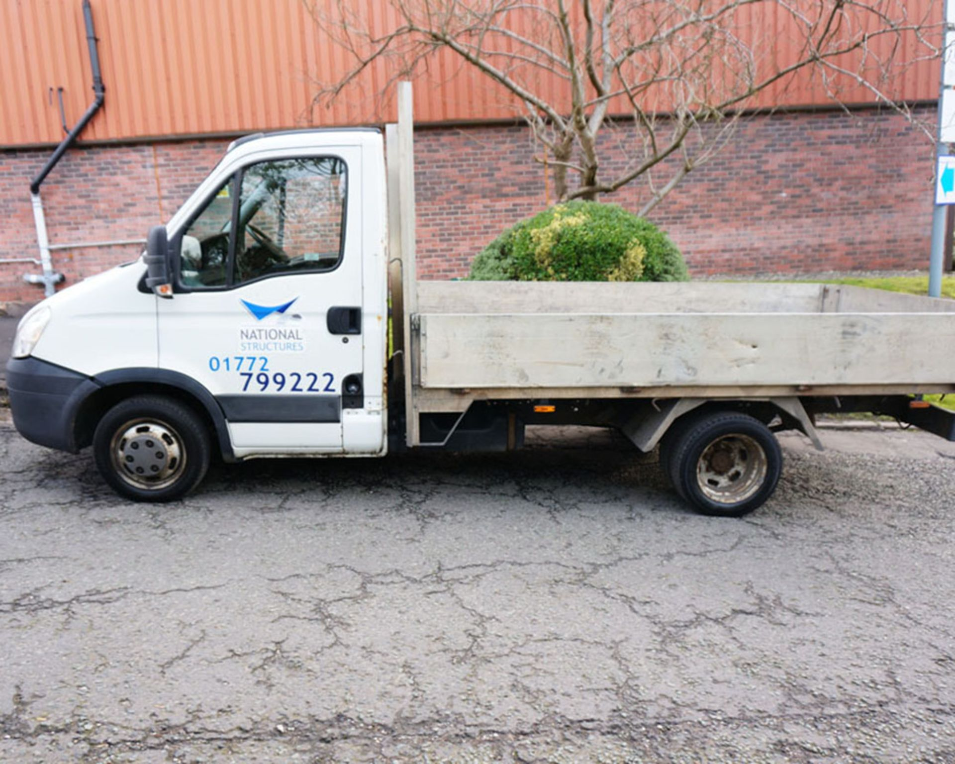 Lot 4 - IVECO, 35C11, Twin Wheel MVB Pickup, 2010 (10 reg)