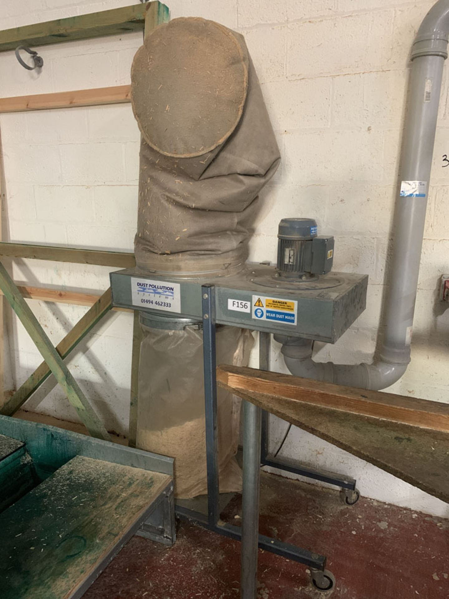 Lot 36 - Dust Pollution Systems Limited. Single Phase Mobile Dust Extractor for Wood