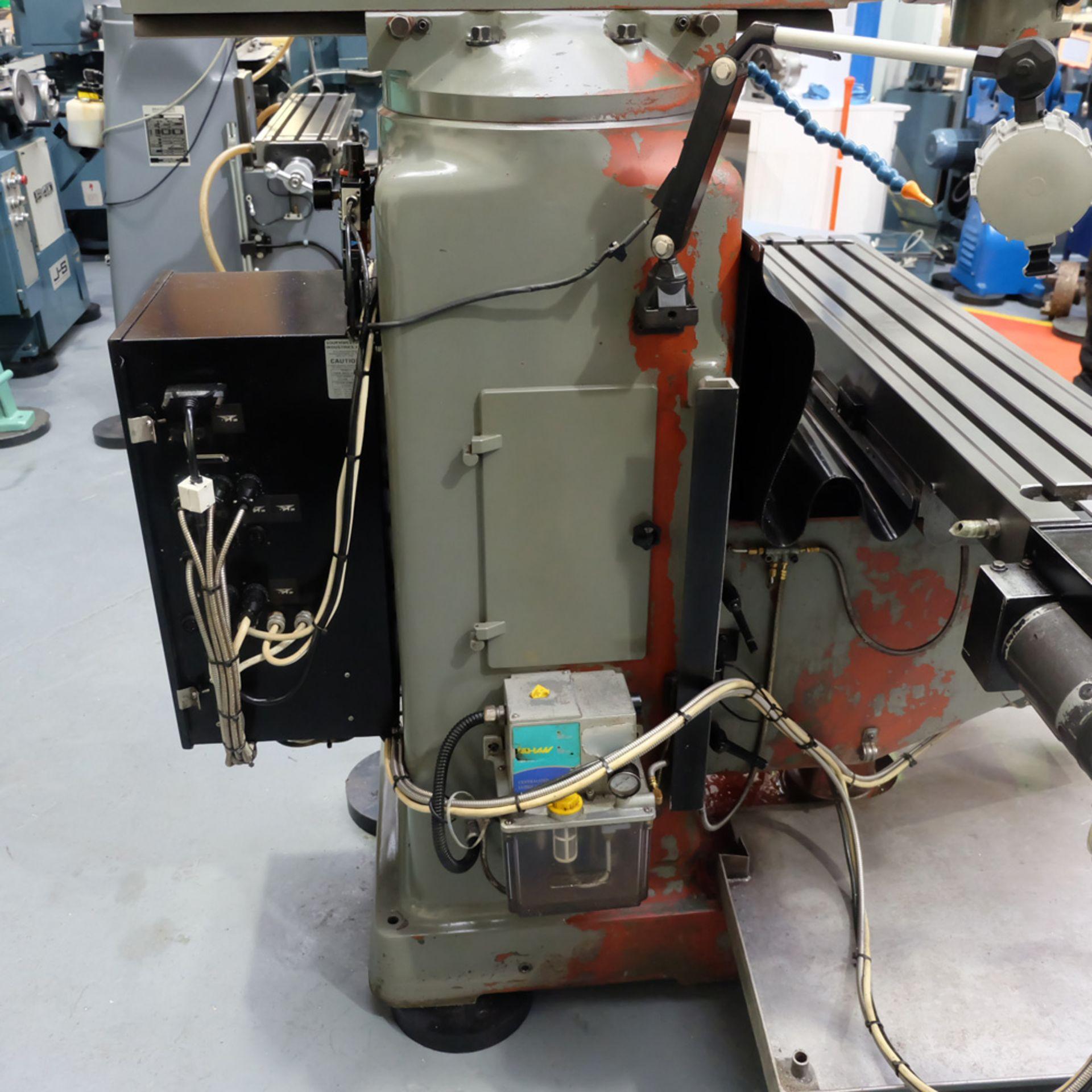 Lot 20 - KRV Pro 2000: Turret Milling Machine.