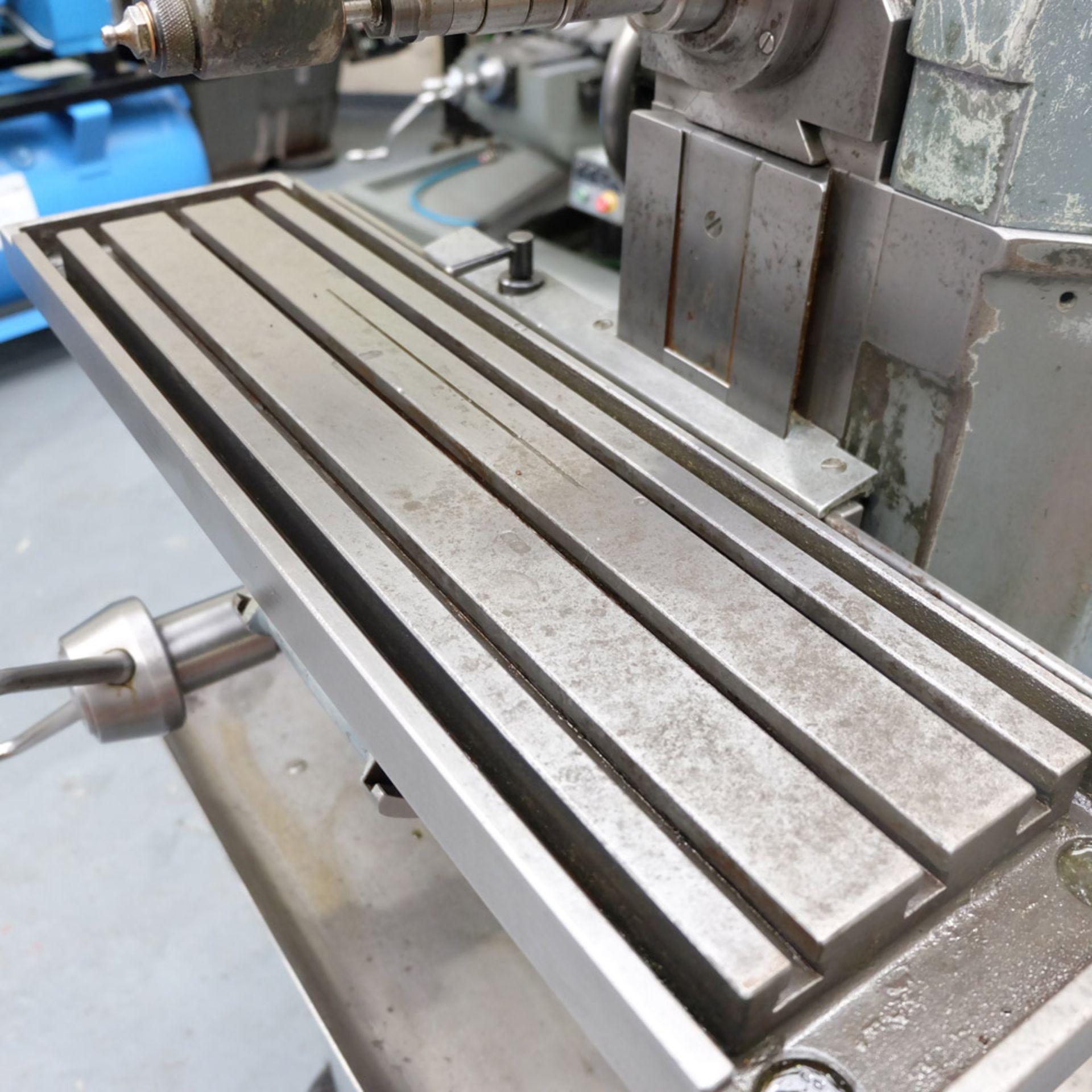 Lot 28 - Aciera F3: Horizontal Milling Machine.