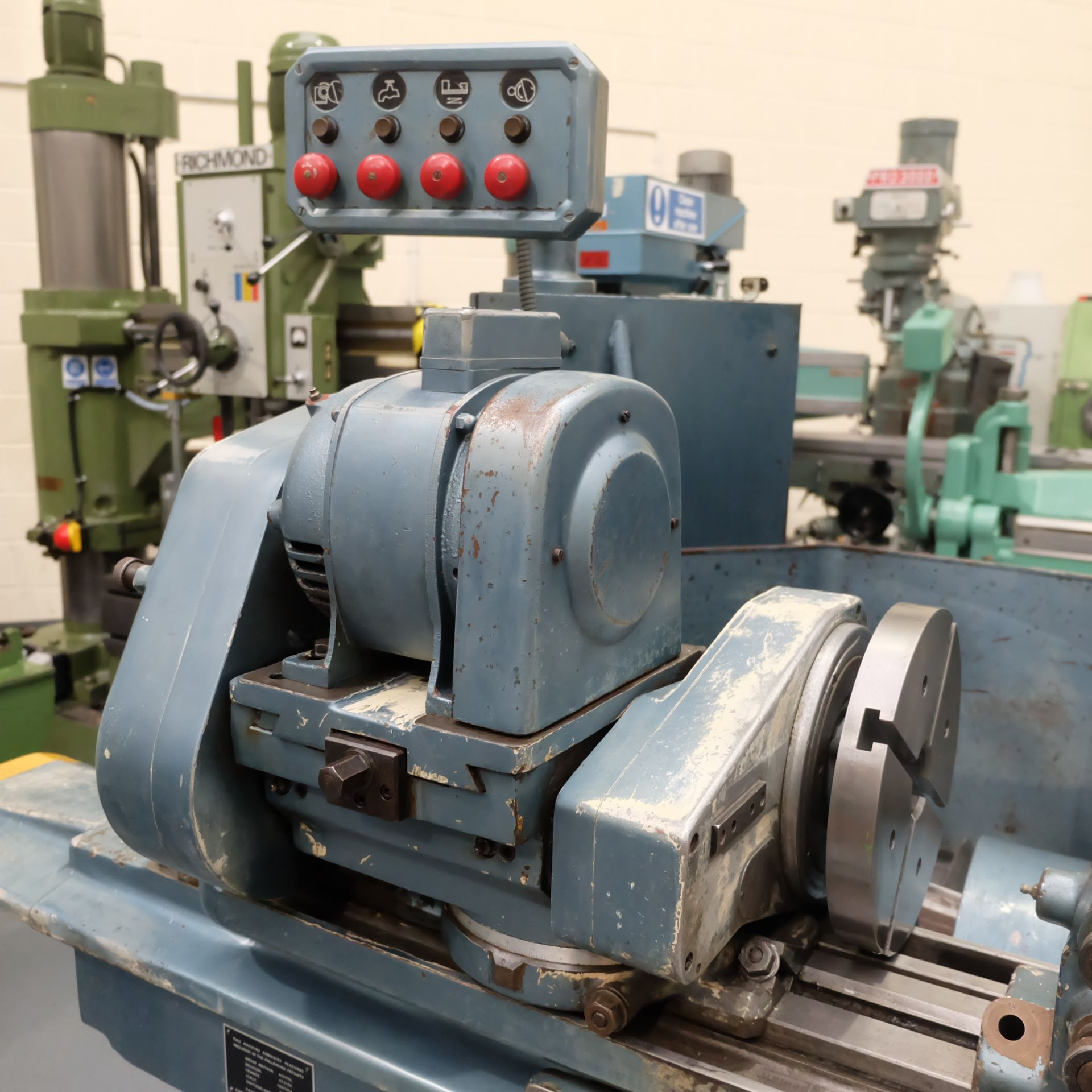 "Jones & Shipman Type 1311 Universal Cylindrical Grinder. 24"" x 10"" Capacity - Image 6 of 11"