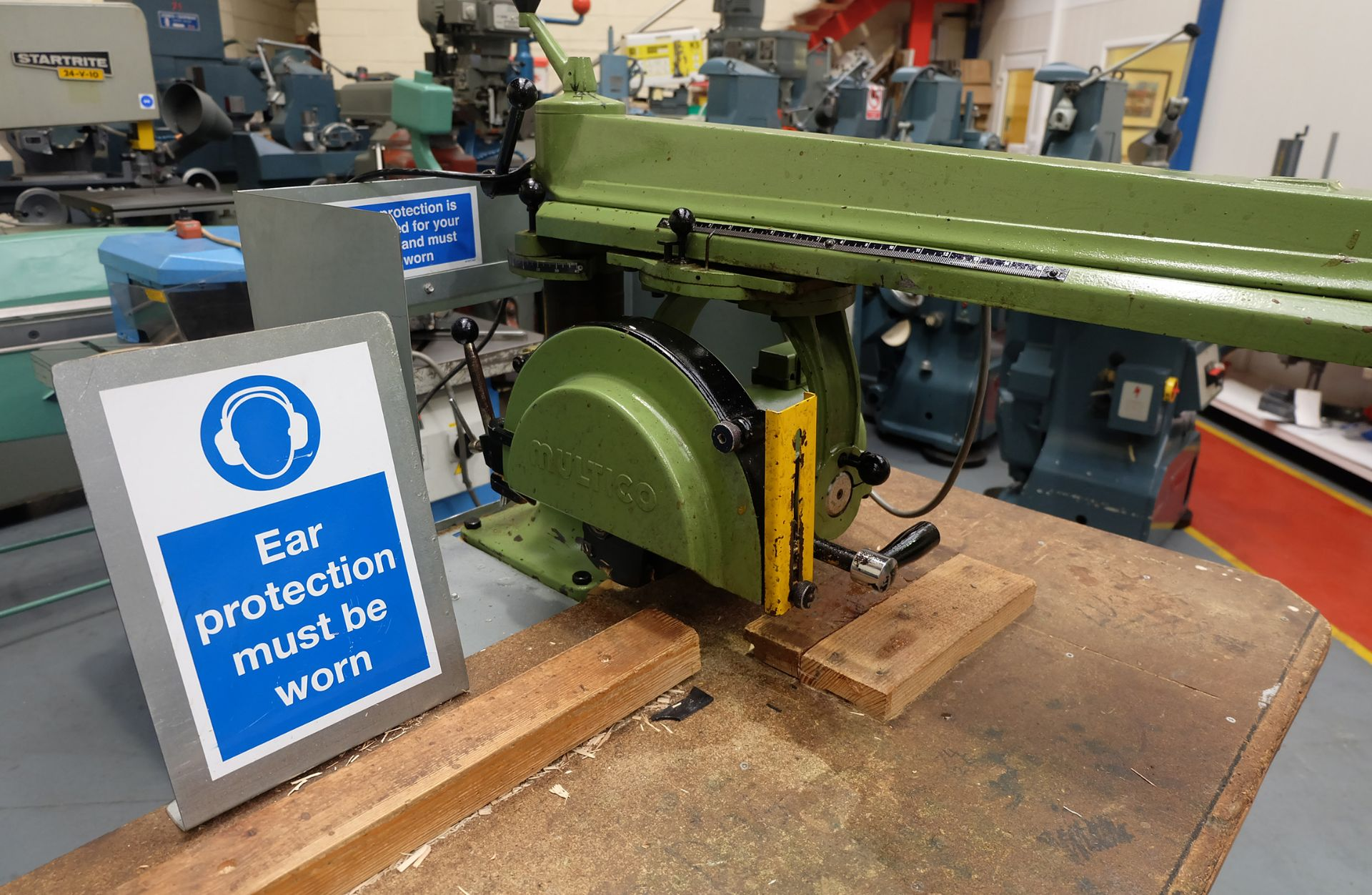 Multico Model C2/3 Radial Wood Saw. Swivelling/Tilting Cross Cut Timber Sawing Machine. - Image 3 of 5