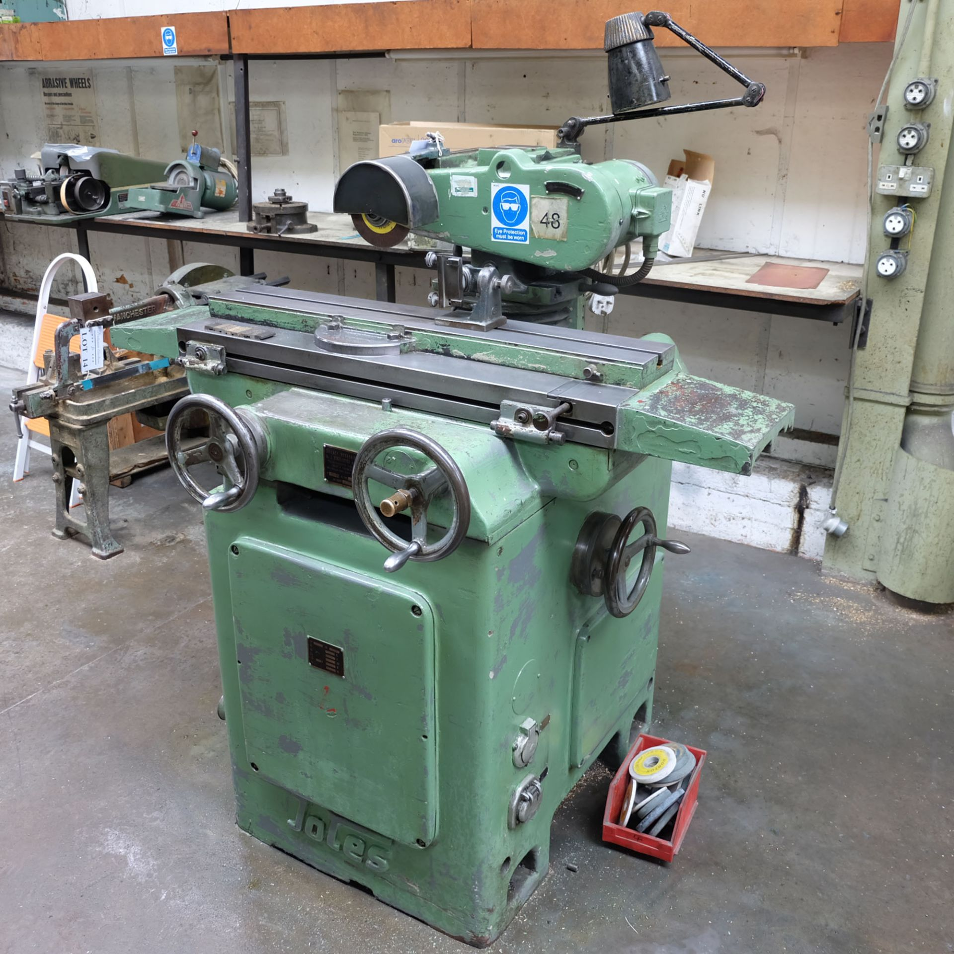 Jotes Model NVA-25 Tool and Cutter Grinder. Rise and Fall and Tilt and Swivel Head. - Image 2 of 6