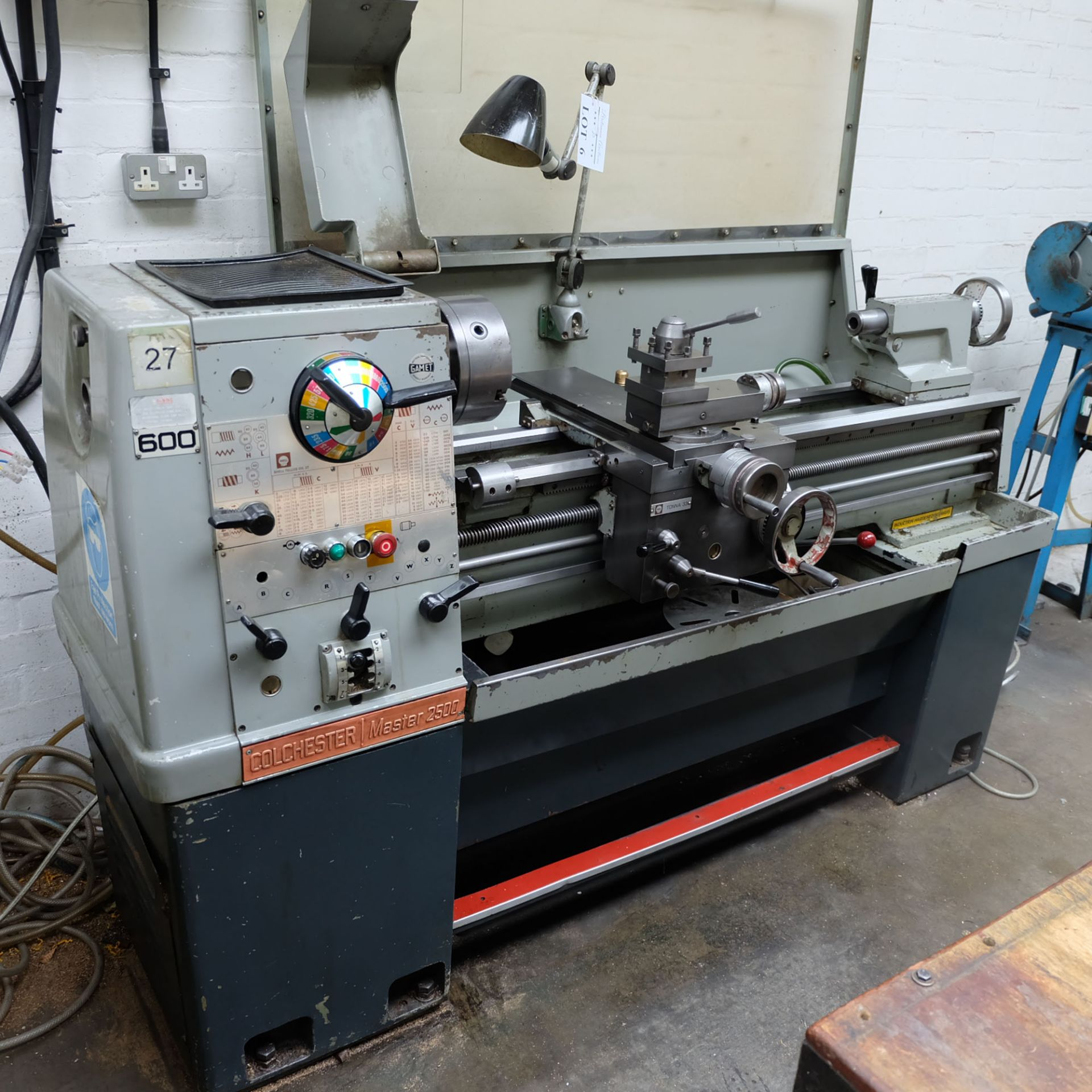 Colchester Master 2500 Gap Bed Centre Lathe. - Image 2 of 10