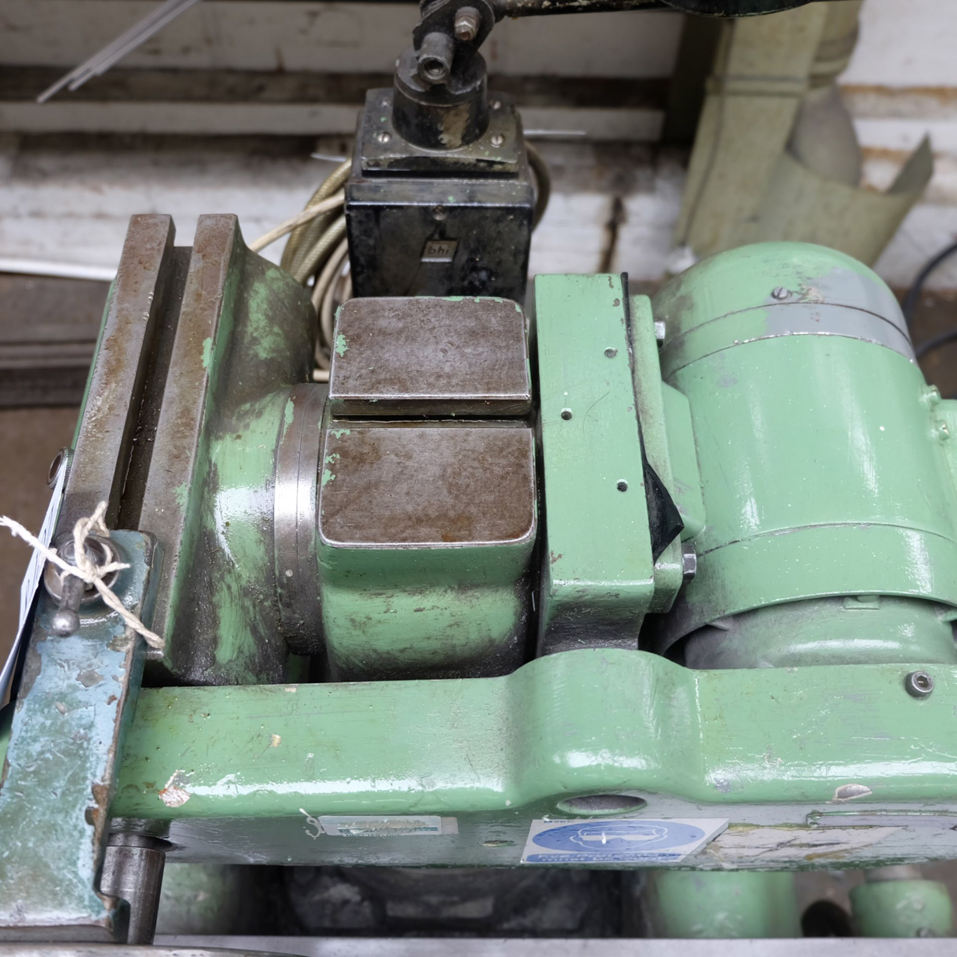 Jotes Model NVA-25 Tool and Cutter Grinder. Rise and Fall and Tilt and Swivel Head. - Image 4 of 6