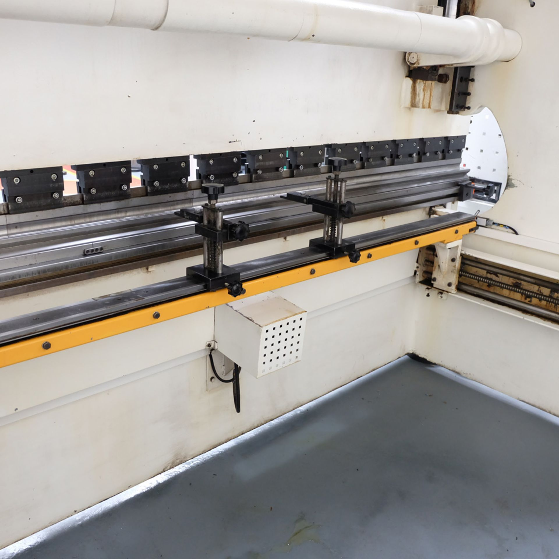 Ermak AP3120 Hydraulic Downstroke Press Brake. Capacity 3100mm x 6mm. Bending Force 120 Ton. - Image 12 of 14