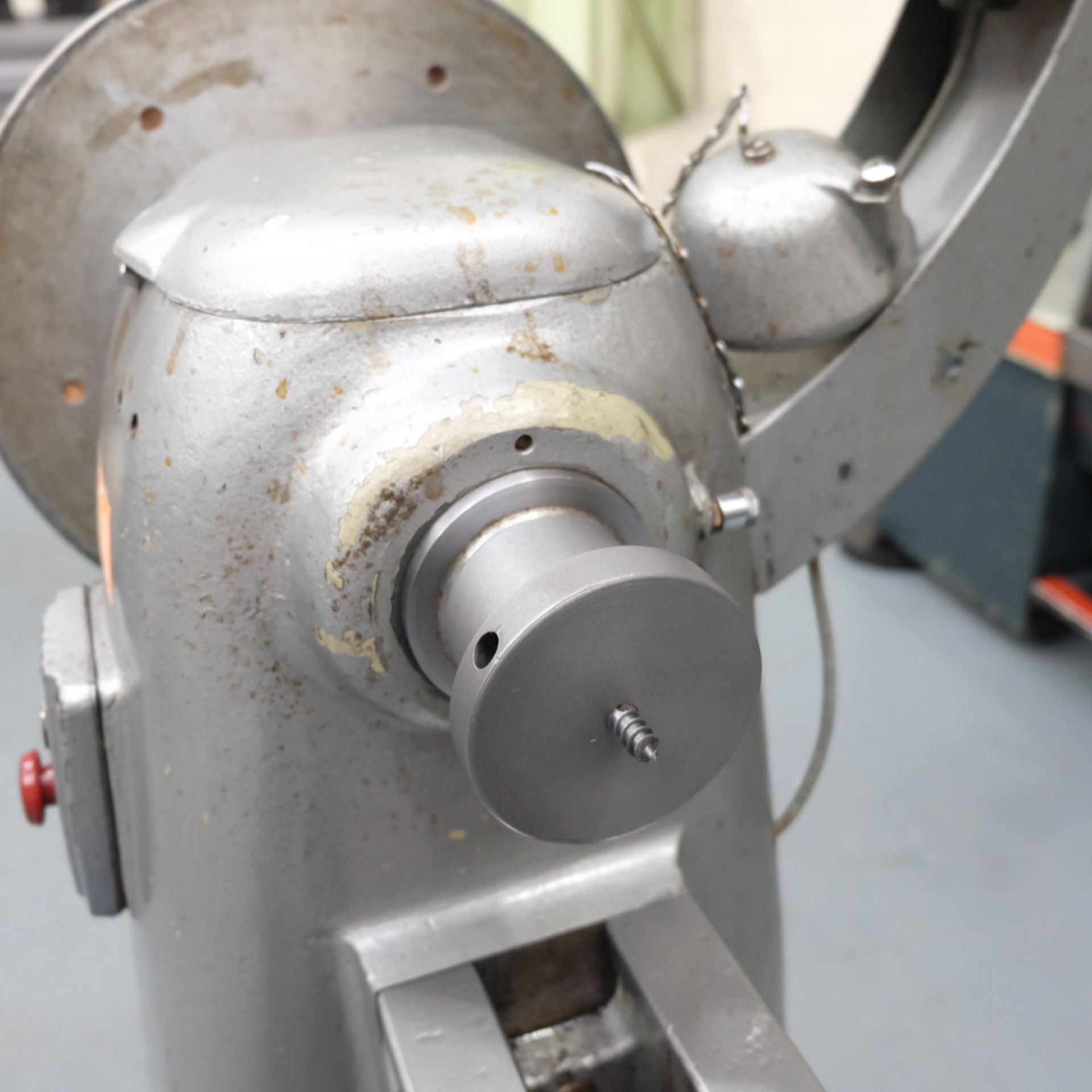 "Union Graduate Pedestal Wood Turning Lathe. Distance Between Centres 30"". Swing Over Bed 12"". - Image 6 of 6"