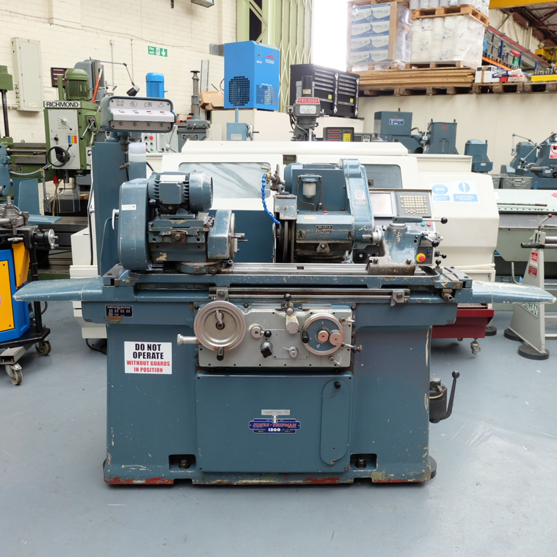 Jones & Shipman Type 1300 Cylindrical Grinder
