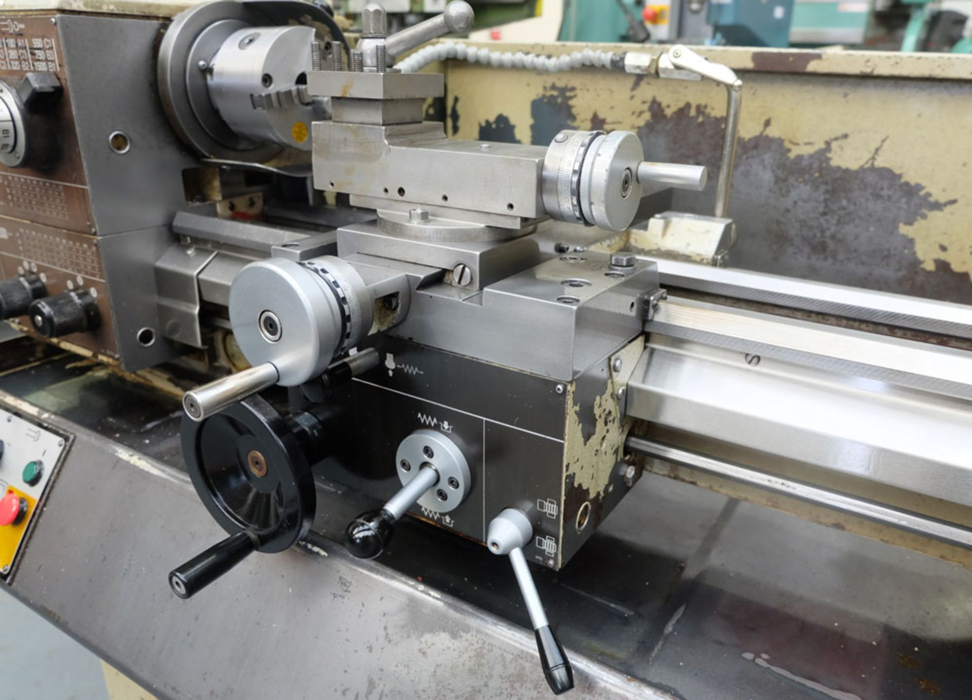 """Harrison M250 Tool Room Centre Lathe. Swing Over Bed 13"""". Distance Between Centres 30"""". - Image 5 of 14"""