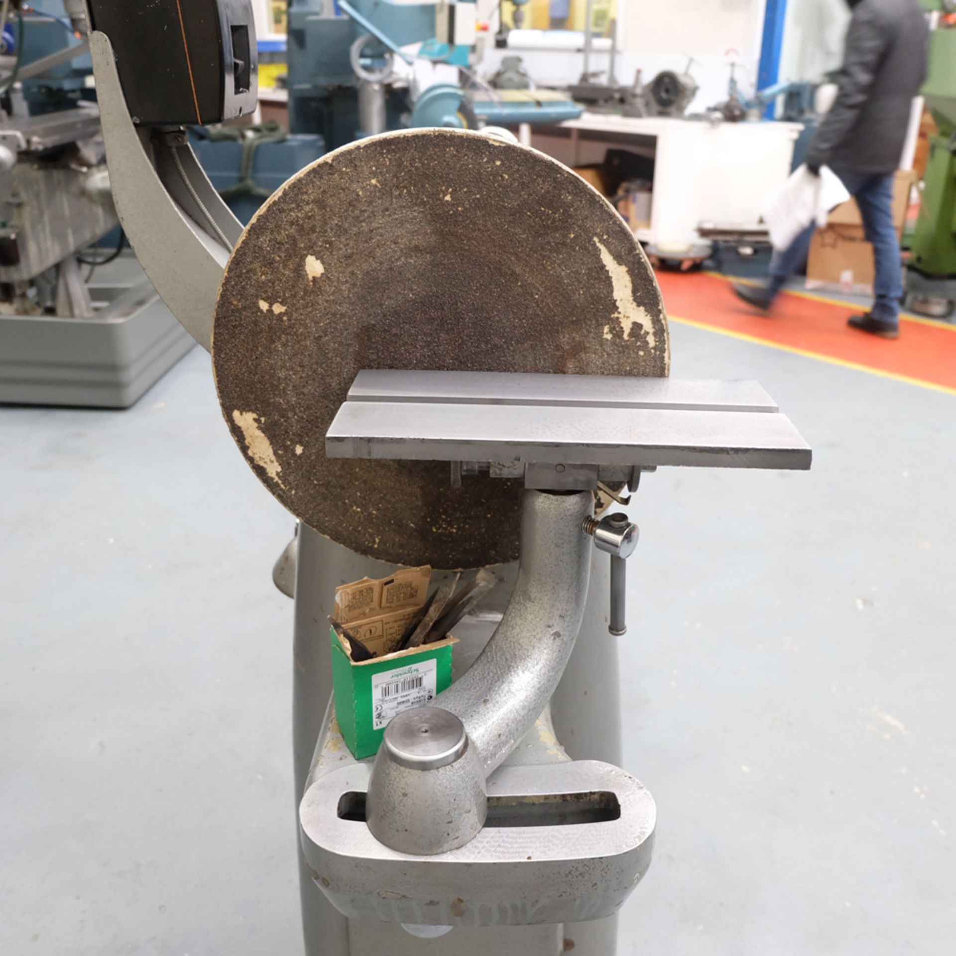 "Union Graduate Pedestal Wood Turning Lathe. Distance Between Centres 30"". Swing Over Bed 12"". - Image 5 of 6"